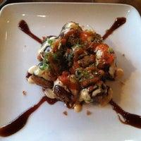 Photo prise au Domo Sushi par Mark O. le8/28/2011
