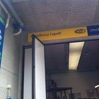 Foto diambil di Autofficina Capelli oleh Diletta 🌟 R. pada 4/13/2012