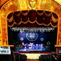 รูปภาพถ่ายที่ The Fillmore Detroit โดย Krysten C. เมื่อ 2/18/2012