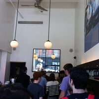 Foto tirada no(a) La Colombe Coffee Roasters por Jens Lernø S. em 8/28/2012