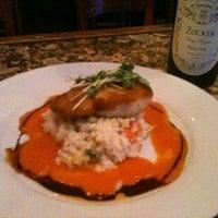 Foto tomada en Greystone Steakhouse por Joanna M. el 8/27/2012