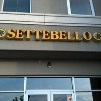 รูปภาพถ่ายที่ Settebello Pizzeria โดย Matt K. เมื่อ 5/1/2012