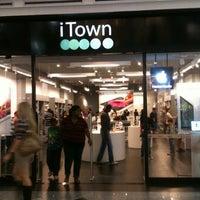 Photo prise au iTown par Marco Antonio M. le8/11/2012
