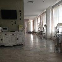 รูปภาพถ่ายที่ Веранда / Veranda โดย Roman T. เมื่อ 6/29/2012
