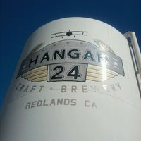 Photo prise au Hangar 24 Craft Brewery par Scott D. le9/4/2011