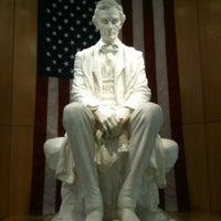 Foto diambil di National Cowboy & Western Heritage Museum oleh Rick H. pada 4/20/2011