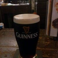 Das Foto wurde bei World Beer Pub & Foods BULLDOG von miyuki am 9/16/2011 aufgenommen