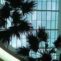 รูปภาพถ่ายที่ Shopping Crystal โดย FERNANDO S. เมื่อ 2/12/2012