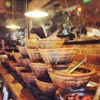 Снимок сделан в Tacos Gus пользователем Jorge H. 4/10/2012