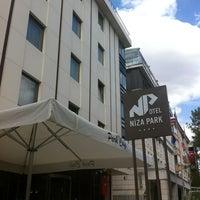 4/23/2012 tarihinde Kıvanç D.ziyaretçi tarafından Niza Park Otel'de çekilen fotoğraf