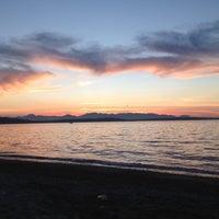 8/13/2012 tarihinde Chioziyaretçi tarafından Alki Beach Park'de çekilen fotoğraf