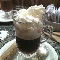 Foto tirada no(a) Armazém do Café por Felipe J. em 1/16/2012