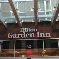 Foto tirada no(a) Hilton Garden Inn por Paul G. em 6/16/2012