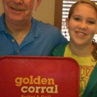 12/24/2011에 Karen R.님이 Golden Corral에서 찍은 사진