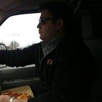Foto tirada no(a) Pontillo's Pizzeria por Sean T. em 2/14/2012