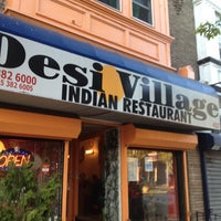 Das Foto wurde bei Desi Village Indian Restaurant von Candy M. am 4/6/2012 aufgenommen