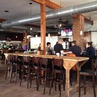 Foto diambil di Shaw's Tavern oleh IheartfoodDC pada 2/20/2012
