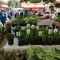 Снимок сделан в Little Italy Mercato пользователем Gordon K. 5/5/2012