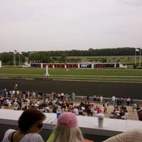 Foto scattata a Arlington International Racecourse da Justin B. il 6/25/2011