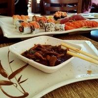 Foto tirada no(a) Aô Sushi Bar por Nanda T. em 8/11/2012