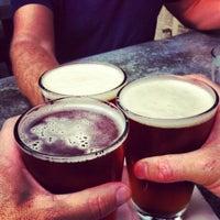 Foto scattata a Uptown Tavern da Kirk il 8/25/2012