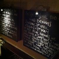 Das Foto wurde bei The White Swan Pub & Dining Room von Sacha am 4/15/2011 aufgenommen