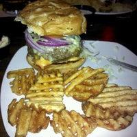 9/14/2011 tarihinde Casey K.ziyaretçi tarafından Jerseys Bar & Grill'de çekilen fotoğraf