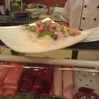 11/25/2011 tarihinde Efrain M.ziyaretçi tarafından Kyoto Sushi Bar'de çekilen fotoğraf