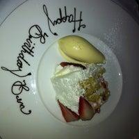 รูปภาพถ่ายที่ Aria Restaurant โดย Gypsy H. เมื่อ 2/9/2012