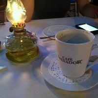 6/20/2012 tarihinde Александра К.ziyaretçi tarafından Angels Restaurant & Bar'de çekilen fotoğraf