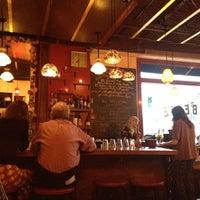 Foto tomada en Barbette por Jennifer T. el 4/1/2012
