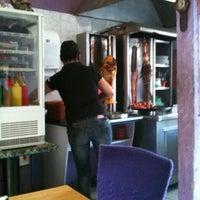 Das Foto wurde bei Döner Kabab von Jorge A. am 2/21/2012 aufgenommen