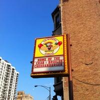 7/1/2012 tarihinde Daniel S.ziyaretçi tarafından The Wiener's Circle'de çekilen fotoğraf