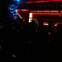 รูปภาพถ่ายที่ Voodoo Motel โดย Ezequiel K. เมื่อ 5/25/2012