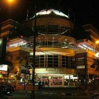Снимок сделан в Shopping Mariscal пользователем Eduardo A. 5/3/2012