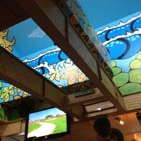 Foto tomada en Mama Kwan's Tiki Bar & Grill por Jonathan F. el 8/11/2012