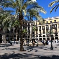 Foto tomada en Plaza Real por Fanny J. el 5/2/2012