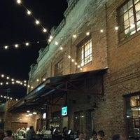 Das Foto wurde bei Tyler's Restaurant & Taproom von Blake S. am 3/30/2012 aufgenommen