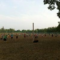 Foto diambil di Woodbine Beach oleh Cheng D. pada 6/19/2012