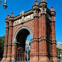 Foto scattata a Arco del Triunfo da Cole il 8/5/2012
