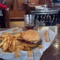 9/5/2012にJeremy S.がBrothers Bar & Grill MPLSで撮った写真