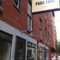 Foto tirada no(a) Pure Fare por Marie Gooddayphoto W. em 7/28/2012