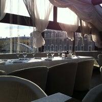 Foto scattata a Panorama Lounge da Dashysha S. il 6/2/2012