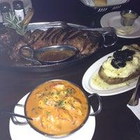 รูปภาพถ่ายที่ N9NE Steakhouse Las Vegas โดย Joci S. เมื่อ 4/10/2012