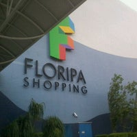 Photo prise au Floripa Shopping par Hendy N. le1/1/2012
