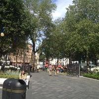 Photo prise au Leicester Square par Alexandre D. le8/17/2012