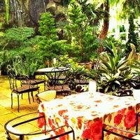 Foto diambil di Bankampu Tropical Café oleh ATHIPON V. pada 11/4/2011