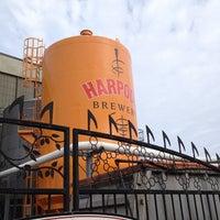 Снимок сделан в Harpoon Brewery пользователем Mike M. 1/26/2012
