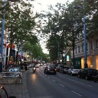 รูปภาพถ่ายที่ Mariahilfer Straße โดย Tibor B. เมื่อ 7/29/2011