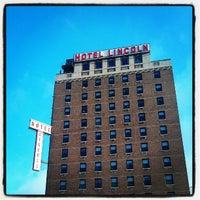 รูปภาพถ่ายที่ Hotel Lincoln โดย ᴡᴡᴡ.Aaron.wtxk.ru B. เมื่อ 4/28/2012
